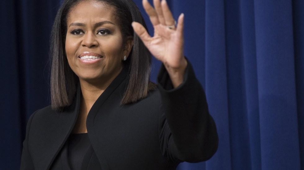 Michelle Obama revela que sus hijas nacieron por fecundación in vitro - Foto de AFP