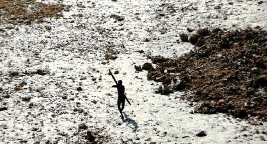 Hombre muere atacado con flechas por tribu autóctona en India. Noticias en tiempo real