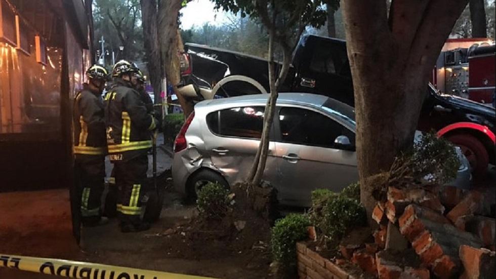 Cinco personas resultaron lesionadas por el choque. Foto de Noticieros Televisa