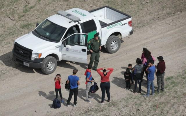 Nos aseguraremos de que todos los migrantes sean arrestados: agente fronterizo - Foto de AFP