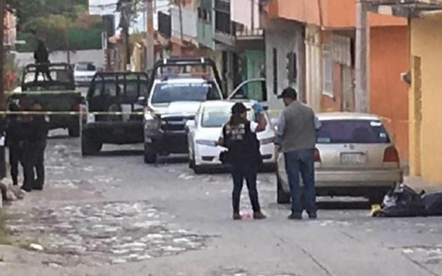 Fiscalía de Guerrero abre investigación por homicidio de policía - Autoridades acordonaron zona de hallazgo de restos humanos en la colonia Ciudad de los Servicios. Foto de Twitter