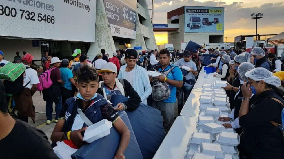Reciben a 3 mil 500 migrantes en Estadio Corregidora de Querétaro - Foto de Gobierno de Querétaro