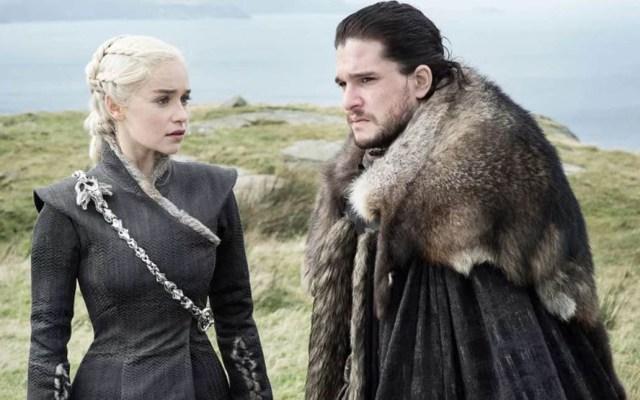 Destapan la primera foto de la última temporada de Game of Thrones - Daenerys Targaryen y Jon Snow. Foto de HBO