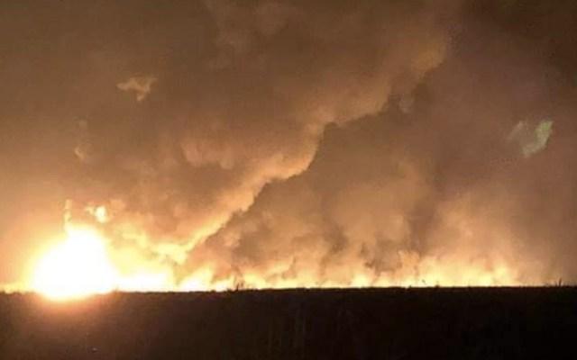 Explosión en toma clandestina de combustible deja dos muertos en Tabasco - Foto de Twitter