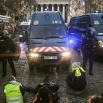 Mujer muere durante protesta nacional en Francia - Foto de AFP
