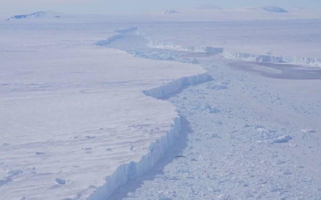 Iceberg de 225 kilómetros cuadrados se desprende de glaciar - Foto de NASA