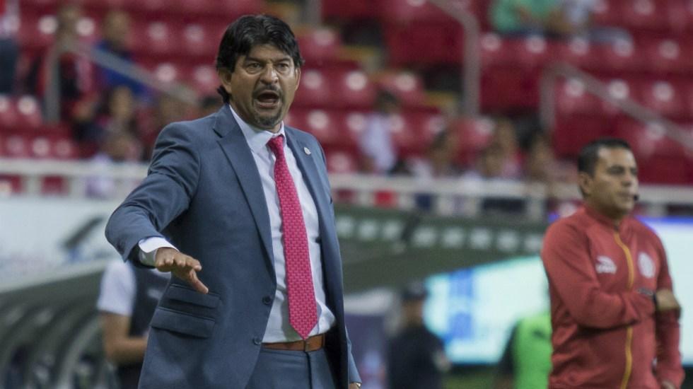 Ponen a José Saturnino Cardozo al nivel de Mourinho - Foto de Mexsport