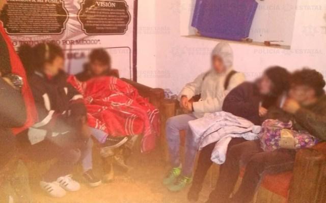 Policías alpinistas rescatan a tres jóvenes en el Nevado de Toluca - Foto de C5 Edomex