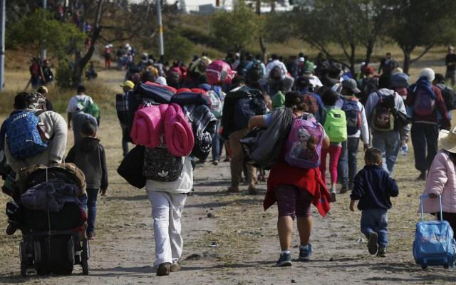 Migrantes comienzan arribo a Guanajuato - Migrantes rumbo a Irapuato, Guanajuato. Foto de Telemundo