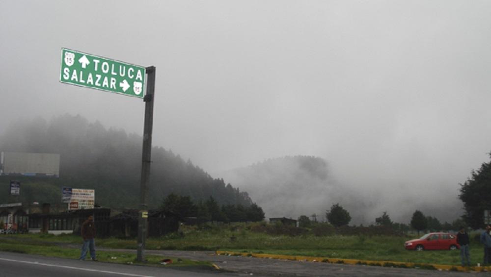 Bancos de niebla afectan autopistas de la zona centro del país - Foto de Esteban Ponce