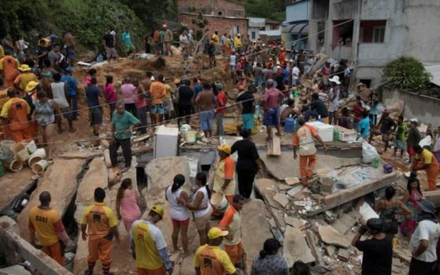 Nueve muertos por deslizamiento de tierra en Brasil - Foto de AP