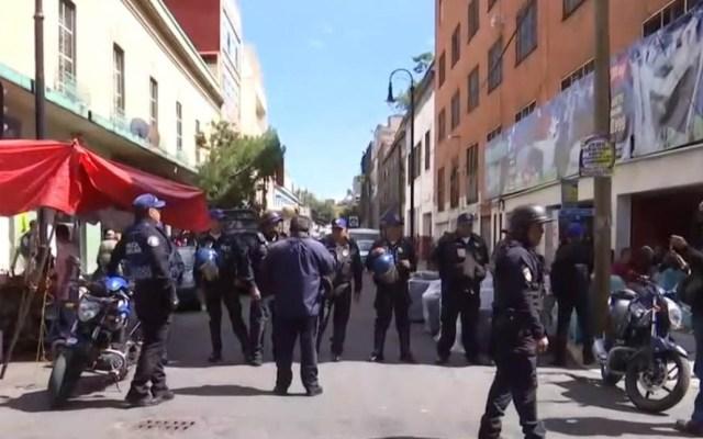 """Operativo de búsqueda del """"Huguito"""" deja tres detenidos - Operativo de la SSPCDMX en la calle Paraguay. Captura de pantalla"""