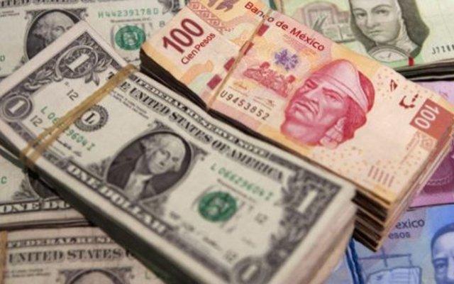 Peso modera caída tras mensaje de AMLO contra eliminación de comisiones - El peso modera caída frente al dólar por lópez obrador