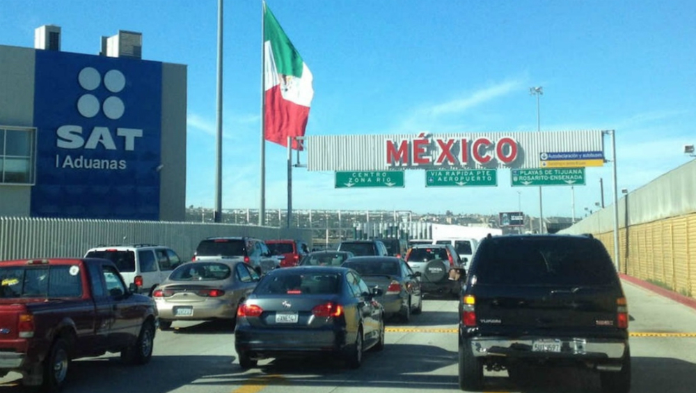 Permitirá SAT entrada libre de 500 dólares en mercancía a mexicanos - aduanas