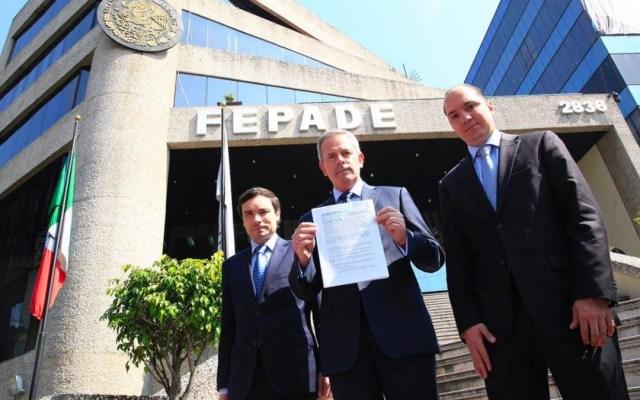 PAN presenta denuncia en la FEPADE contra AMLO y Morena - Foto de el Financiero