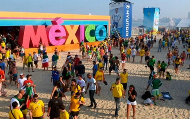 Cae 13 por ciento llegada de turistas extranjeros en septiembre - Cae la llegada de turistas de internación en septiembre