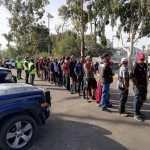 Continúa la atención a migrantes en Tijuana - Caravana migrante en Tijuana.