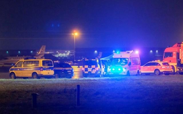 Suspenden vuelos en aeropuerto de Hannover por auto que ingresó a pista - Foto de Clemens Heidrich / AFP