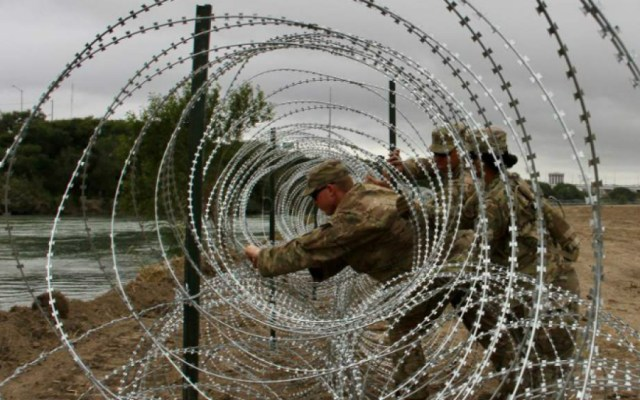 Detuvieron a seis migrantes en frontera sur de EE.UU. por ser presuntos terroristas - Foto de AFP