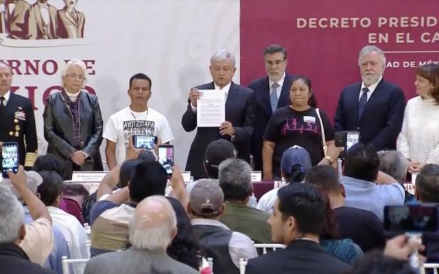 """""""No habrá impunidad ni corrupción en caso Ayotzinapa"""": López Obrador"""