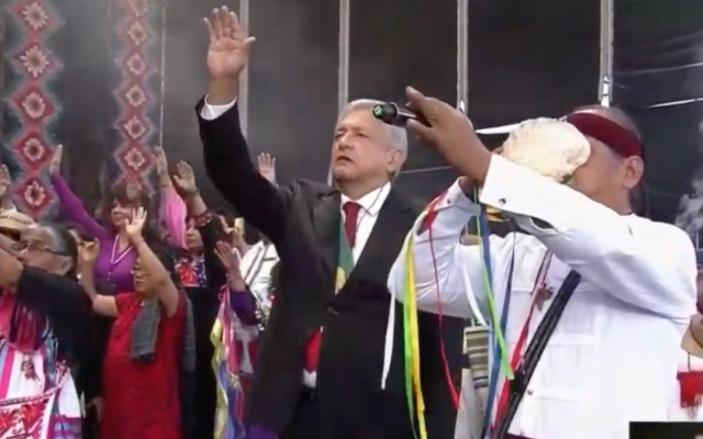 López Obrador fija el eje de su gobierno en 100 puntos