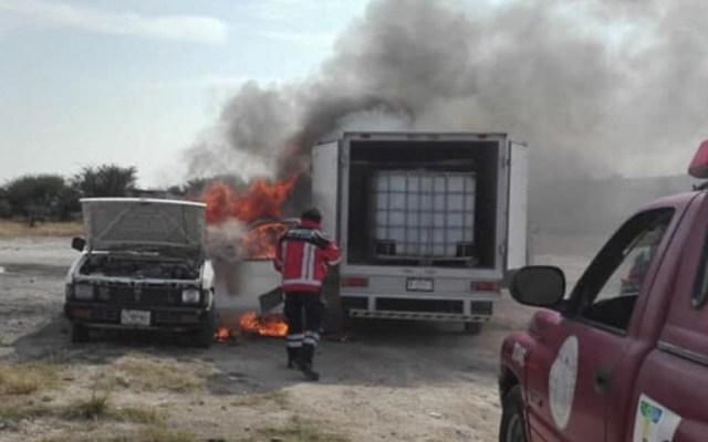 Incendio consume camionetas con hidrocarburo robado en Hidalgo - Foto de Excélsior