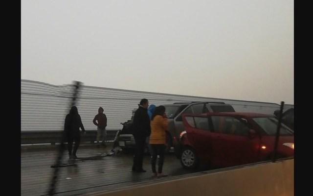 Carambola obliga al cierre de autopista Saltillo-Monterrey - Foto de CIC Monterrey