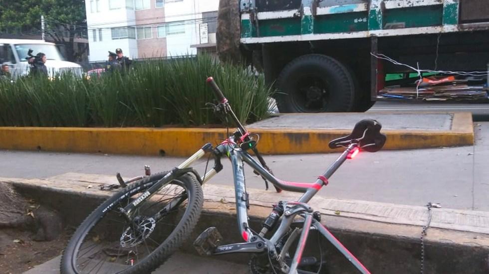 Buscan al conductor que mató a ciclista en Avenida Revolución - Foto de Milenio