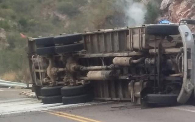 Suspenden clases en Sonora por volcadura de camioneta con ácido - Foto de Internet