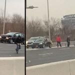 #Video Camioneta de valores riega decenas de billetes en autopista
