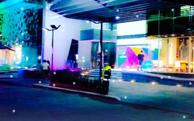 Se desploma domo en restaurante de plaza en Lomas Verdes - Foto de Milenio