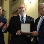 Héctor Fix-Zamudio recibe el Premio Nacional de Derechos Humanos - Foto de Presidencia