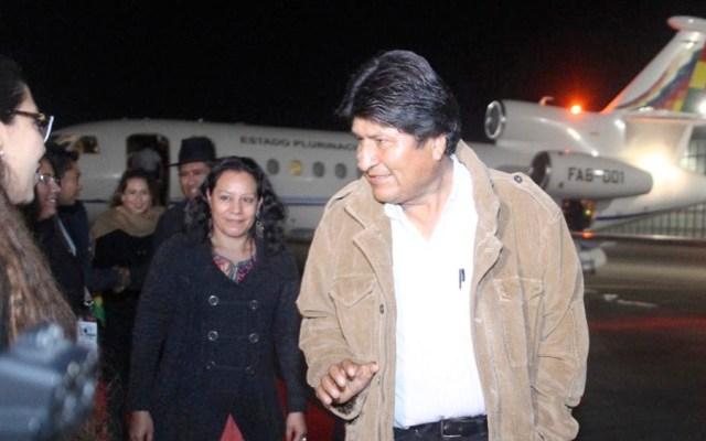 Llega Evo Morales a México para toma de protesta de López Obrador - Foto de @SRE_mx