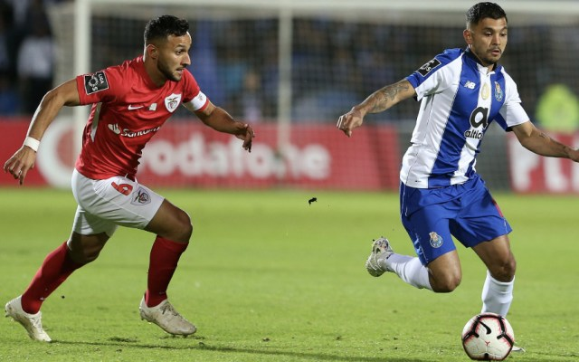 Con mexicanos en la cancha, Porto gana y mantiene el liderato - Foto de @FCPorto
