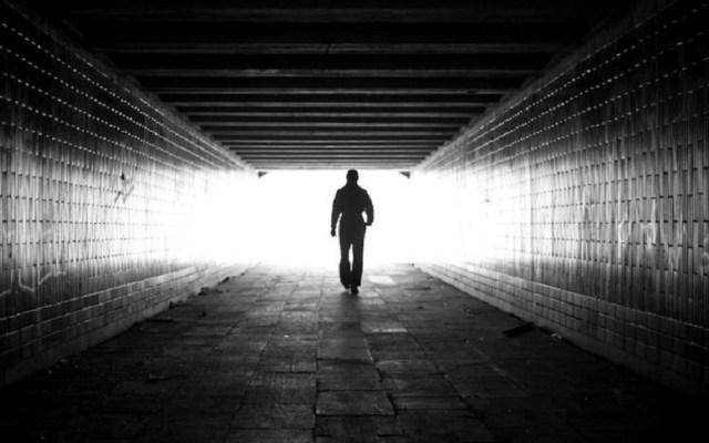 """Científicos explican """"la luz al final del túnel"""" - Luz al final del túnel. Foto de Internet"""