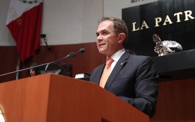 """Mancera asegura que entrega a Sheinbaum la CDMX con """"deuda sana"""" - Miguel Ángel Mancera en el Senado. Foto de @ManceraMiguelMX"""