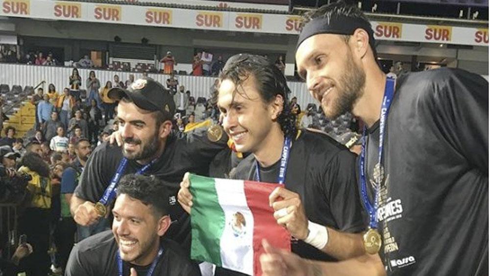 Cuatro mexicanos se coronan con Herediano en futbol de Costa Rica Record