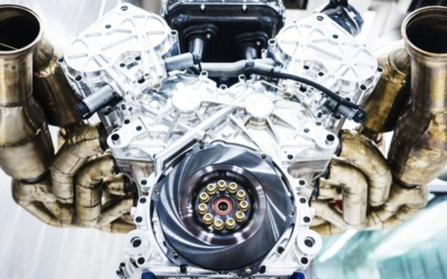 #Video Aston Martin presenta auto con motor de combustión de mil caballos de fuerza - Foto de Aston Martin