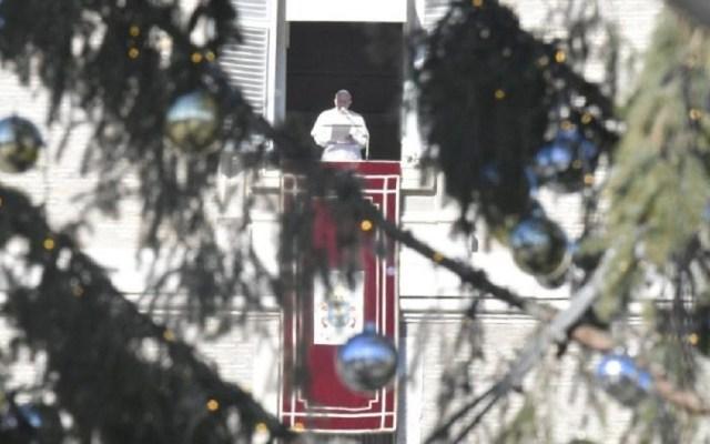 Papa Francisco llama a ser vencedores a través del perdón - Papa Francisco durante el angelus en la fiesta de San Esteban. Foto de Vatican Media