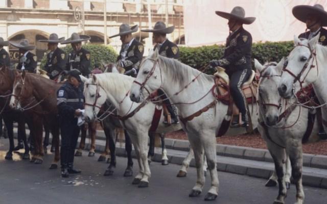 Policía Charra vigilará la Alameda Central en época navideña - Foto de @Claudiashein