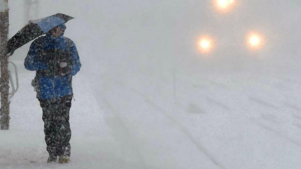 Tormenta invernal amenaza a 20 millones de residentes en EE.UU.. Noticias en tiempo real