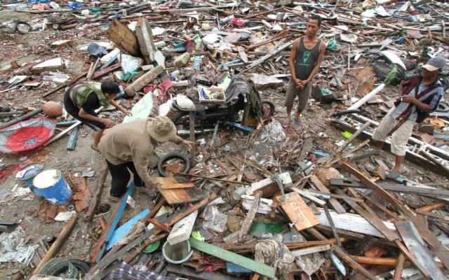 Llama papa Francisco a comunidad internacional a aliviar situación en Indonesia - Foto de AFP