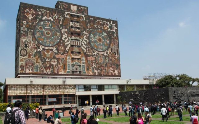 Jóvenes realizan examen de admisión para la UNAM - Se inconforman universidades con recursos asignados para 2019