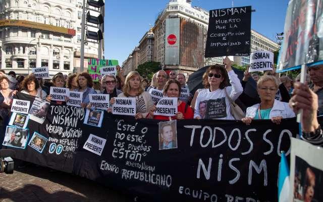 Cuarto años de la muerte del fiscal federal Alberto Nisman. - En Buenos Aires recordaron al fiscal federal Alberto Nisman en el cuarto aniversario de su muerte. Foto de AFP.