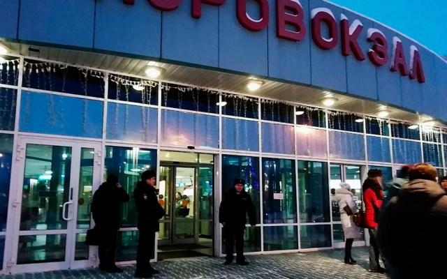 Avión aterriza de emergencia en Siberia por amenaza de secuestro