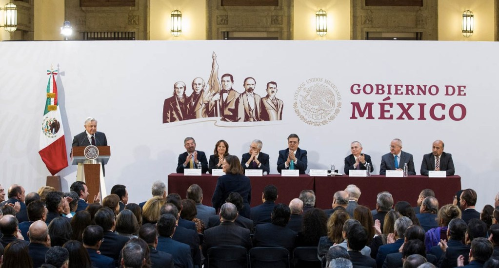 López Obrador pide a diplomáticos difundir la transformación de México - Foto de Notimex