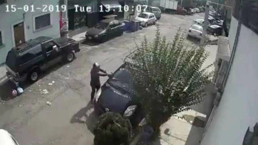 #Video Conductor huye a pesar de que lo encañonan en Naucalpan - Captura de pantalla