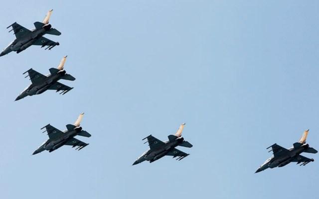 Israel bombardea objetivos de Hamas tras proyectil disparado desde Gaza - Archivo. Foto de Reuters