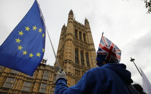 Brexit sin acuerdo amenaza 600 mil puestos de trabajo en el mundo: estudio - Foto de AFP