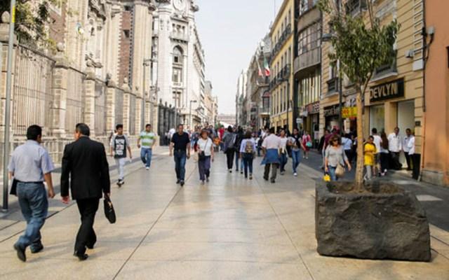Habilitarán corredores peatonales 24 h en la CDMX - Calle de Madero, principal corredor peatonal de la CDMX. Foto de Internet